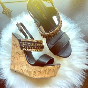 Black Elegant Woman's Wedges with Straps